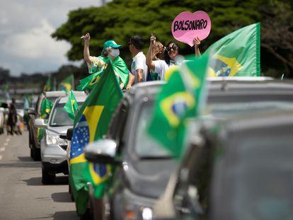 Simpatizantes de Jair Bolsonaro em uma manifestação de apoio ao presidente em Brasília, no último domingo, 21 de de março, dia do aniversário do mandatário.