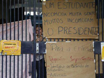 A escola Santa Felicidade, em Curitiba, onde um estudante morreu na segunda-feira.
