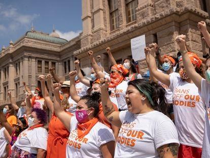 Protesto de mulheres em 1º de setembro em Austin, Texas, pela proibição do aborto
