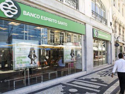 Uma sucursal do Banco Espírito Santo em Lisboa.