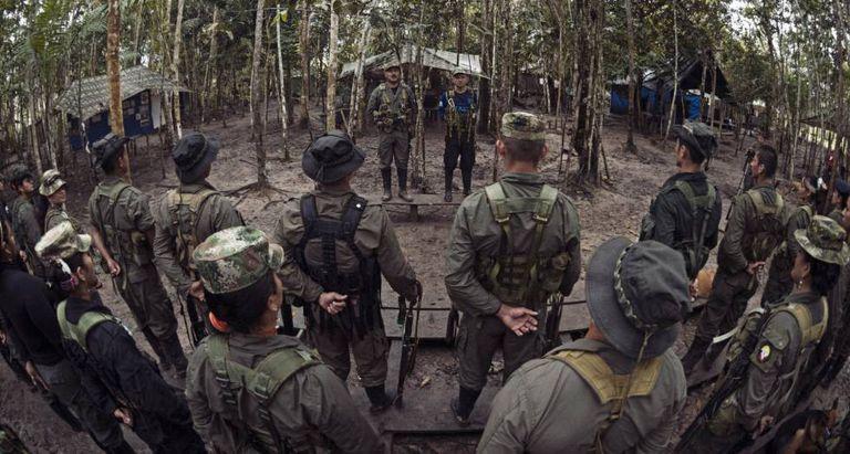 Uma frente das FARC em um acampamento no sul da Colômbia.