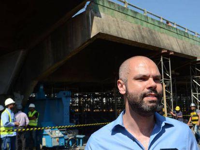 Bruno Covas faz vistoria em obra na Marginal Pinheiros, em novembro de 2018.