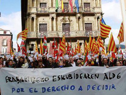 Ato em apoio 'direito de decidir', em Pamplona.