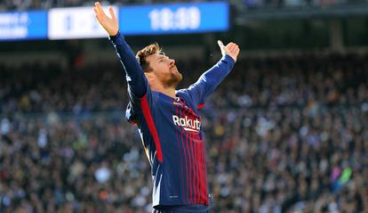 Maior artilheiro do clássico, Messi marcou mais uma vez no Bernabéu.