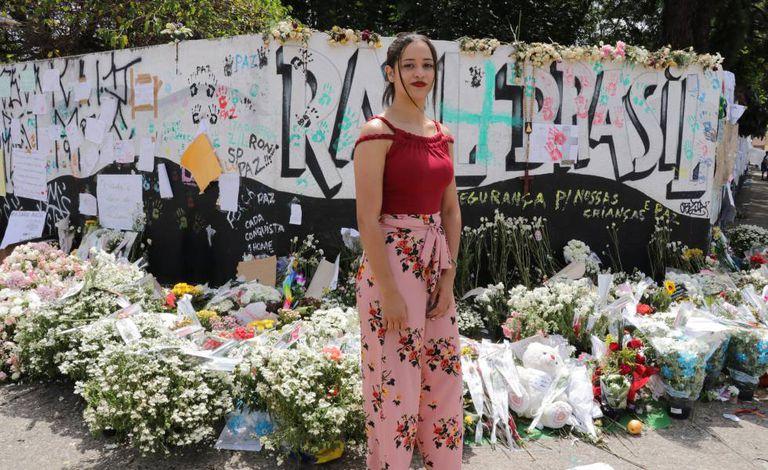 Rhillary Barbosa de Souza, 15 anos, que sobreviveu ao massacre em Suzano depois de lutar com um dos atacantes.