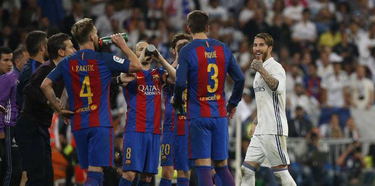 Sergio Ramos provoca Piqué depois da expulsão.