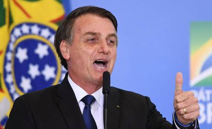 O presidente Bolsonaro durante evento de assinatura do decreto.