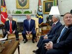 Israel's Prime Minister Benjamin Netanyahu meets with U.S. President Donald Trump as Vice President Mike Pence and Secretary of State Mike Pompeo attend in the Oval Office of the White House in Washington, U.S., January 27, 2020. REUTERS/Kevin Lamarque