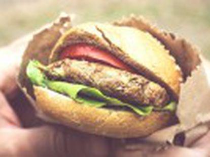 Salsichas, hambúrgueres, bacon e outros produtos são  carcinogênicos para humanos , diz a agência de saúde das Nações Unidas