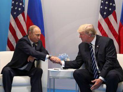 Presidentes americano e russo se reuniram durante o encontro do G20, em Hamburgo. Os dois líderes fecharam um acordo de cessar-fogo parcial na Síria