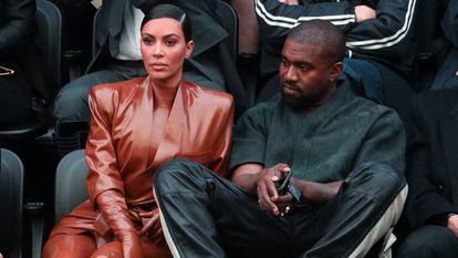 Kim Kardashian e Kanye West, na semana da moda de Paris em março.