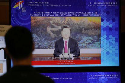 O presidente chinês Xi Jinping fala durante a cúpula virtual da APEC, o foro de cooperação econômica Ásia-Pacífico.