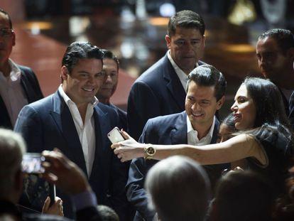 Aristóteles Sandoval com Enrique Peña Nieto, em uma foto de arquivo.
