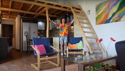 Imagem do vídeo distribuído pelo 'youtuber' Luisito Comunica, no qual ele mostra a casa que comprou na Venezuela.