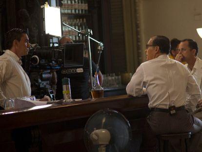 Um momento da filmagem de 'Papa' em Cuba.