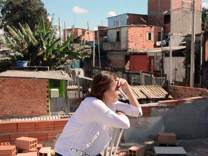 Lia, líder da Vila Nova Esperança.