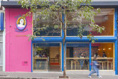 A fachada da Taquería La Sabrosa, na rua Augusta.