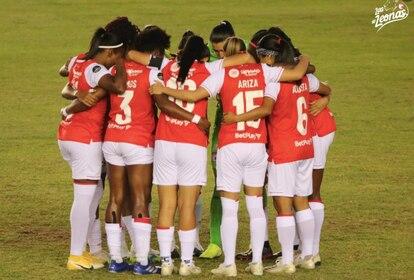 As jogadoras do Santa Fé, durante jogo da Copa Libertadores feminina.