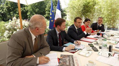 Imagem da entrevista do presidente da França, Emmanuel Macron.