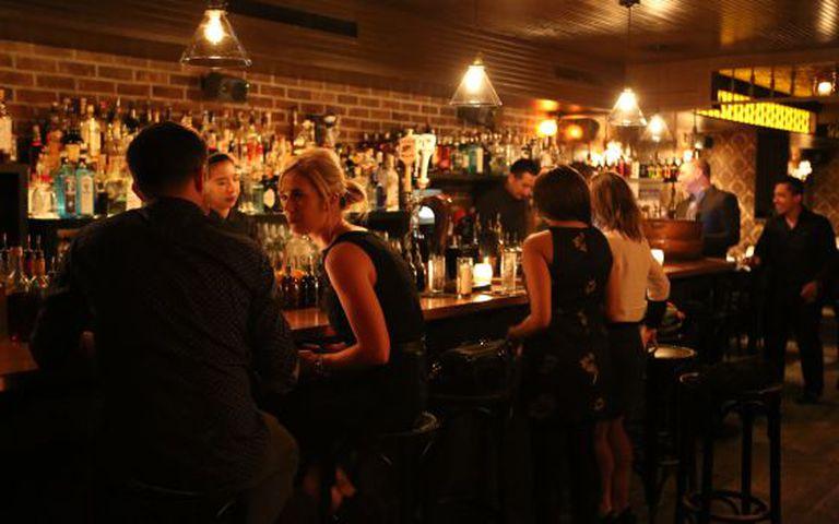 O Bathtub Gin Bar, um 'speak easy' escondido no bairro de Chelsea.