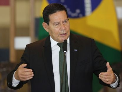 """""""Mourão é autoritário"""", diz coronel Jorge de Souza."""