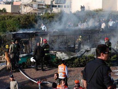 Três das vítimas estão em estado grave. A explosão aconteceu no cruzamento de Patt, na parte israelense da cidade