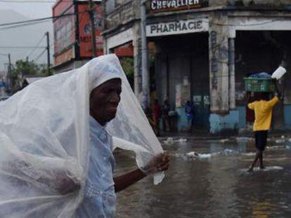 O ciclone, que é o mais forte no Oceano Atlântico em quase uma década, se aproxima de Cuba