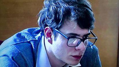 Patrick Nogueira durante uma das sessões do julgamento.