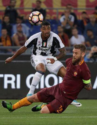 Lemina e De Rossi durante o Roma-Juventus do fim de semana passado.