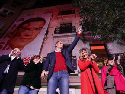 Repetição das eleições gerais foi uma tentativa de fortalecimento dos socialistas. O PSOE conseguiu vencer, mas saiu enfraquecido do pleito, o que deve paralisar ainda mais a política espanhola