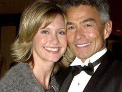 Olivia Newton-John e seu ex-namorado Patrick McDermott.