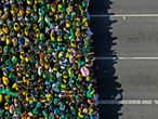 Aerial view of a demonstration to support Brazilian President Jair Bolsonaro in Sao Paulo, Brazil, on September 7, 2021, amidst Brazil's Independence Day. - Fighting record-low poll numbers, a weakening economy and a judiciary he says is stacked against him, President Jair Bolsonaro has called huge rallies for Brazilian independence day Tuesday, seeking to fire up his far-right base. (Photo by Miguel SCHINCARIOL / AFP)