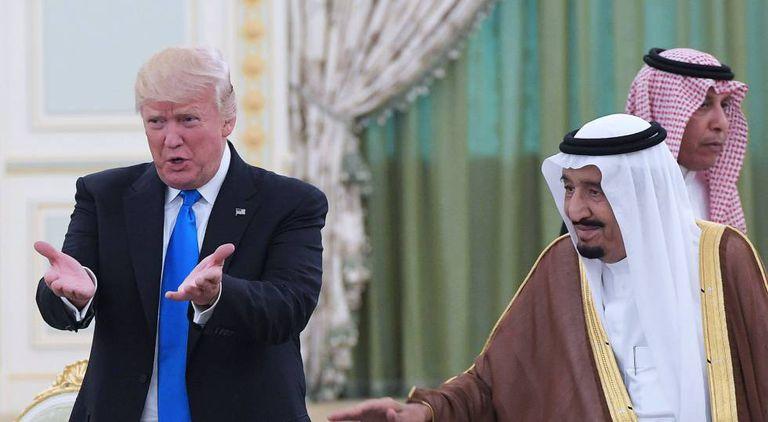 Donald Trump e Salman bin Abdelaziz, em maio de 2017, em Riad.