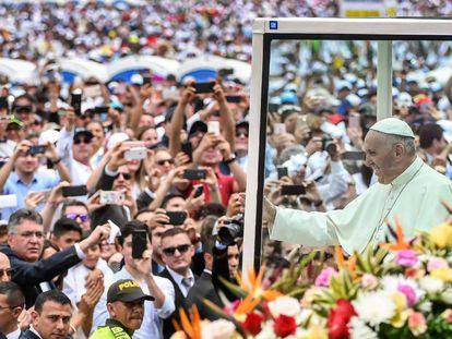 O papa Francisco, neste sábado, em Medellín.