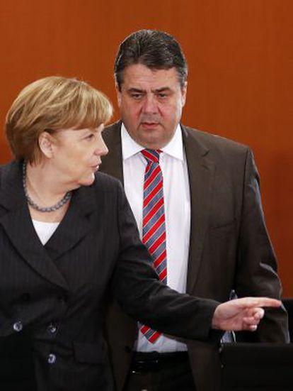 Merkel e Gabriel em um ato em Berlim em abril.