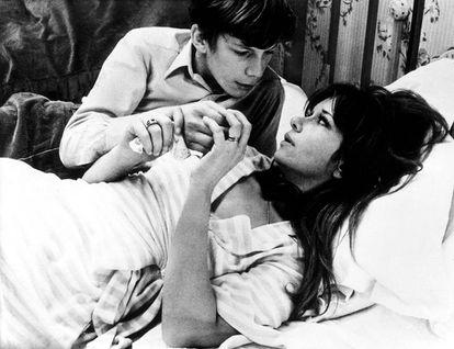 Lea Massari e Benoît Ferreux em 'Sopro no coração'.