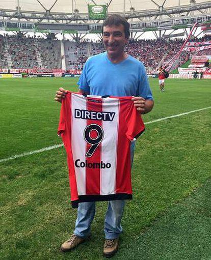 Juani foi homenageado pelo Estudiantes em abril deste ano.