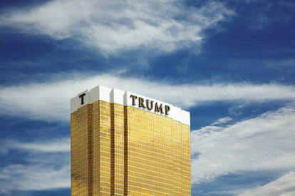 A ostentação em dourado do Trump International Hotel de Las Vegas.
