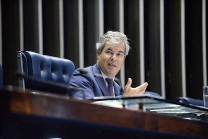 Senador Jorge Viana no Plenário do Senado Federal em maio de 2016