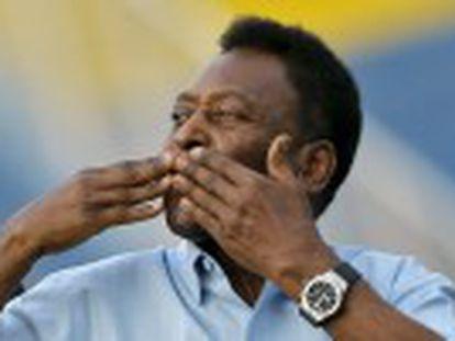 O Rei , considerado um dos melhores da história, faz 75 anos com três Mundiais e 1.282 gols na lembrança