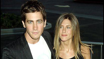 Jake Gyllenhaal e Jennifer Aniston na estreia de 'Por um sentido na vida', em Los Angeles, Califórnia, em agosto de 2002.