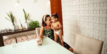 A aposentada Zeza Araújo, que sofre de depressão e faz uso do tratamento.