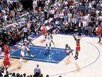 Los Jazz ganaban por 86-83. Jordan consiguió el 86-85 y le robó la pelota a Malone en la siguiente posesión. A falta de 20 segundos, Jordan se fue a la izquierda de la pista, encaró a su marcador de Utah, Bryon Russell, se dirigió al centro de la zona hasta frenar en seco, hacer caer a Russell y levantarse en suspensión para dar el sexto anillo a Chicago en la que parecía que iba a ser la última jugada de Michael Jordan en su vida.