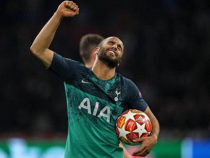 Lucas Moura comemora a classificação do Tottenham para a final da Champions.