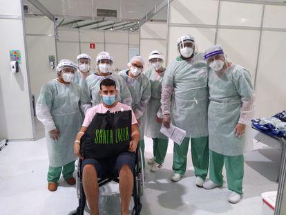Despedida de Leomar Silva Santos do hospital de campanha.