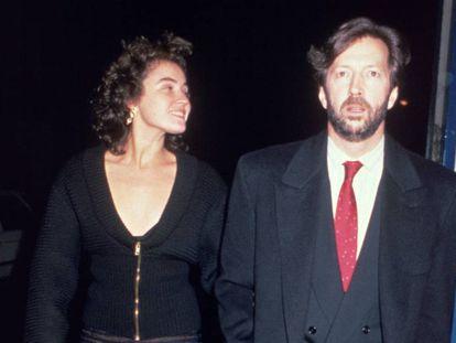 Lory del Santo e Eric Clapton em Londres, em meados dos anos oitenta, antes de terem o filho Conor.