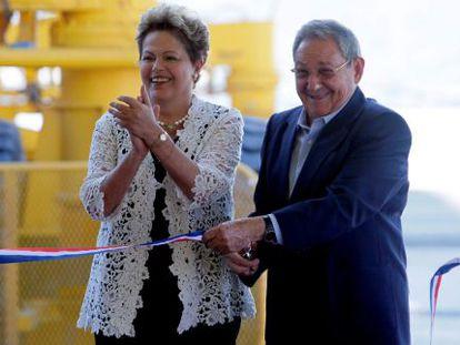 Dilma Rousseff e o presidente cubano, Raúl Castro.