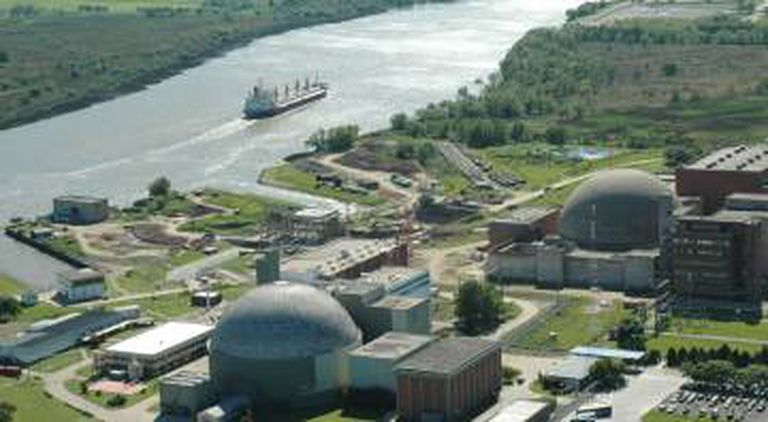 Vista aérea das usinas nucleares Atucha I e Atucha II, em Zárate, Buenos Aires.