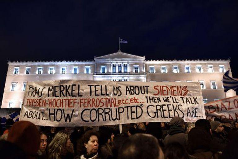 Manifestação de fevereiro em Atenas em apoio ao Governo grego.