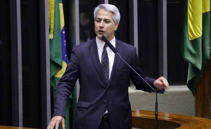 Líder da oposição na Câmara, deputado Alessandro Molon (PSB- RJ), em sessão da votação da reforma da Previdência em segundo turno.